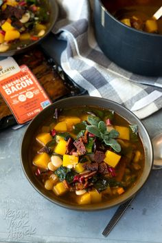This recipe for Butternut Squash Bacon Soup is smoky, flavorful, and filling. Need a change from creamy bisques? This broth-y soup is ultra-comforting! Paleo Recipes, Soup Recipes, Cooking Recipes, Bacon Recipes, Clean Eating, Healthy Eating, Healthy Snacks, Bacon Soup, Pressure Cooker Recipes