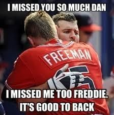 HAHA!! Freddie Freeman, the hugginest man I have ever seen!