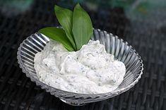 Knoblauchdip zum Reinlegen, ein leckeres Rezept aus der Kategorie Vegetarisch. Bewertungen: 101. Durchschnitt: Ø 4,3.