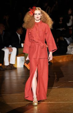 Marc Jacobs Looks to Yves Saint Laurent and the — Things That Made Him Fall in Love with Fashion — for Spring 2011 Grace Coddington, Safari Jacket, Out Of Africa, 70s Fashion, Falling In Love, Colonial, Marc Jacobs, Yves Saint Laurent, Chart