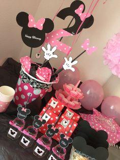 Minnie party idea