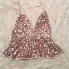 Sequin top. Never been worn! No trades! Forever 21 Tops