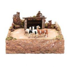 Vacas en movimiento con paisaje 15x25x25 cm African Art, Births, Cows, Nativity Scenes, Christmas Crafts