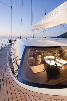 Salperton IV yacht by fitzroy yachts, photo by y.coedited by classy-captain