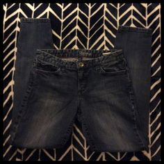 Tommy Hilfiger Modern Skinny Jeans -FINAL PRICE- Very nice jeans! Gently used. Ask questions if you have them! Tommy Hilfiger Jeans Skinny