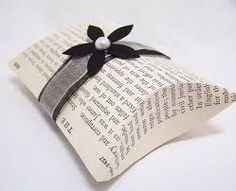 gifts for guests at book themed wedding - Поиск в Google