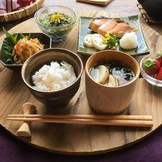 ある日の朝ごはん Asian Recipes, Healthy Recipes, Ethnic Recipes, Food Tasting, Aesthetic Food, Food Presentation, Japanese Food, Food Inspiration, Love Food