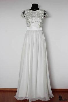 4a75508f4c8b Spoločenské šaty s krajkovým vrškom a rukávikom