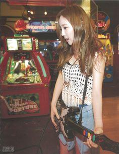 Taeyeon - photobook in Las Vegas