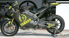 YAMAHA YZR-M1 MotoGP 2007 TestBike Valentino Rossi