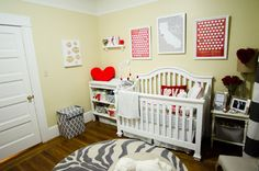 Tips for Decorating your Perfect Nursery // blog.rightstart.com