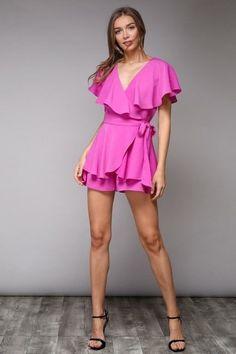 a56a97e7da77 Women s EXPRESS Black Pink Floral Romper Size Small Euc Ruffle Detail Thin  Strap.