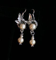 Dangle Earrings, Bridal Earrings, Chandelier Drop Earrings, Vintage Earrings, Cream Colored Earring, Jewelry