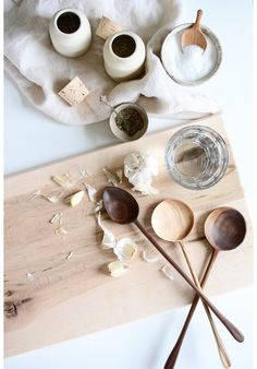 Objects of beautiful form and efficient function to accentuate your kitchen and elevate your gatherings Food Photography Tips, Still Photography, Japanese Kitchen, Kitchen Decor, Kitchen Dining, Kitchen Utensils, Kitchen Tools, Slow Food, Wabi Sabi