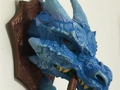 Spanish artist Sonia Verdu has created a 3D printed 'dragon knocker', an imitation iron door knocker shaped like the head of a dragon. The designer has shared her process and 3D printing files on Instructables.