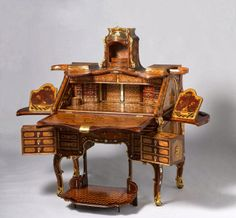Et si nos artisans refabriquaient des meubles magiques?
