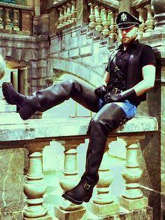Boots and Men Leather Men, Leather Boots, Black Leather, Gay, Men In Uniform, Cop Uniform, Sexy Jeans, Big Men, Riding Boots