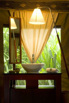 Ultimate Seclusion and Rejuvenation at Banyan Tree Resort, Maldives Outdoor Bathrooms, Cheap Bathrooms, Tropical Bathroom, Tropical Decor, Maldives Resort, Leading Hotels, Hawaii Homes, Tropical Paradise, Hotels And Resorts
