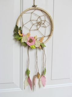 DreamCatcher // Beautiful dream catcher // Floral Dreamcatcher by VanagueliteCouture on Etsy