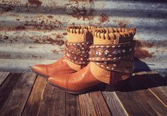 Gorgeous+and+amazing+are+two+words+we+can+think+of+to+describe+these+gypsy+boots!+Absolutely+perfect!+