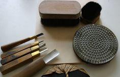 Moku Hanga basic tutorial Lino Prints, Block Prints, Fine Art Prints, Artist Workspace, Printmaking Ideas, Basic Tools, Tampons, Wood Engraving, Art Plastique
