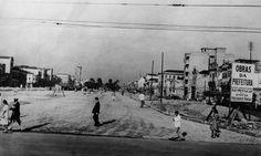 Pavimentação da Avenida Presidente Vargas no trecho entre a Central do Brasil e a Praça Onze Arquivo Geral da Cidade do Rio de Janeiro