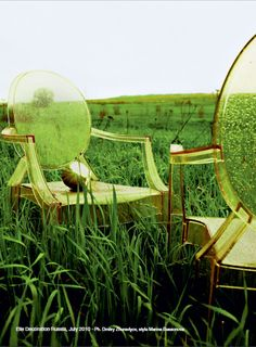 #Green and yellow - Louis Ghost by Philippe Starck (http://www.cimmermann.co.uk/product/kartell_louis_ghost_transparent_dining_chair/)