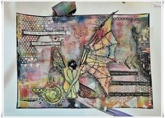 Jorunns fristed: Broken wings Broken Wings, Art Journaling, Fresco, Stencil, Vintage World Maps, Artsy, Painting, Art Diary, Fresh