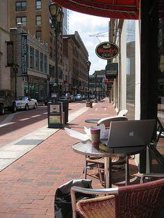 Hartford, Connecticut - downtown Pratt Street