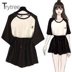 Fashion Drawing Dresses, Fashion Sketches, Teen Fashion, Fashion Outfits, Korean Fashion Trends, T Shirt And Shorts, Kawaii Clothes, Ideias Fashion, Cute Outfits