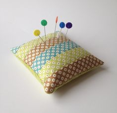 I made a pin cushion! | Material Girl Quilts