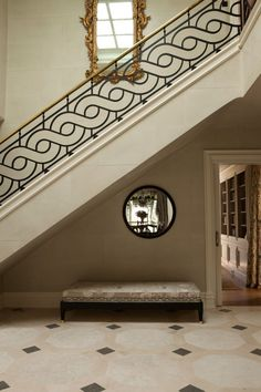 54 Ideas wrought iron stairs projects for 2019 Staircase Railing Design, Modern Stair Railing, Wrought Iron Stair Railing, Iron Staircase, Stair Handrail, Modern Stairs, Handrail Ideas, Balcony Grill Design, Balcony Railing Design