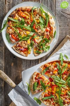 Flat bread pizzas with tuna with bell pepper, red onion and mature cheese - Healthy Pizza Recipes, Healthy Tuna, Cooking Recipes, Pizza Capers, Flatbread Pizza, Healthy Comfort Food, 30 Minute Meals, No Cook Meals, Vegetable Pizza