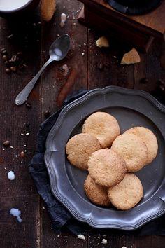 Recette rapide et facile pour une envie de grignoter : 10 biscuits à la noix de coco