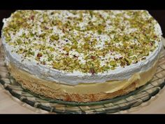 Desserts With Biscuits, No Cook Desserts, Dessert Recipes, Ekmek Kataifi Recipe, Greek Pastries, Greek Sweets, Greek Recipes, Vanilla Cake, Cooking Recipes