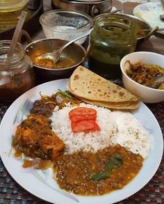 Yammy😋 Baby Food Recipes, Indian Food Recipes, Healthy Recipes, Punjabi Food, Tumblr Food, Snap Food, Food Snapchat, Biryani Recipe, Food Garnishes