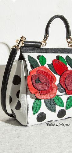 Authentic Designer Handbags As A Gift Unique Handbags, Purses And Handbags, Dolce & Gabbana, Floral Fashion, Fashion Bags, Womens Fashion, Handbag Accessories, Fashion Accessories, Casual Bags
