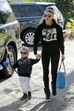 147698, Fergie spotted taking her son Axl to a playdate in Brentwood. Los…