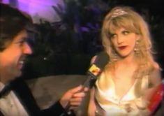 Frances Bean Cobain, Her Music, Good Music, Courtney Love 90s, Kurt Cobain, Rock & Pop, Riot Grrrl, Miss World, Music