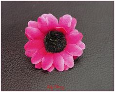 Fleur artificelle petite marguerite fuchsia barrette cheveux x1 : Décoration florale par lilycherry