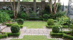 Refreshing Courtyard Gardens Design in Classic Style: Astonishing Murray Bench Niche Web Courtyard Gardens Design ~ dickoatts.com Garden