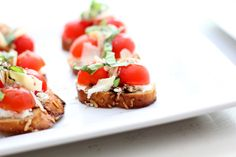 17 Little Red Cherry Tomato Bruschetta Tomato Bruschetta, Cherry Tomatoes, Finger Foods, Meals, Ethnic Recipes, Red, Meal, Finger Food, Yemek