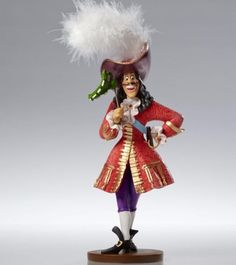 Couture De Force - Captain Hook Masquerade (Disney Showcase)