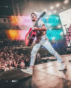 The Chainsmokers Wallpaper, Andrew Taggart, Mike Williams, King Of Hearts, Concert Photography, Celebrity Crush, Shout Out, Dream Big, World War
