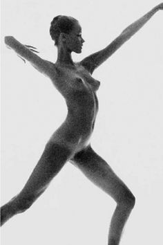 Find the latest shows, biography, and artworks for sale by Bert Stern. Bert Stern was one of the leading photographers of the and he redefined f… Figure Photography, History Of Photography, Nude Photography, Artistic Photography, Portrait Photography, Bert Stern, Contemporary Photography, Old Hollywood Glamour, Life Drawing