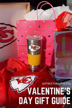 Valentine's Day isn't just about celebrating your S/O. Spread the love to everyone (who loves football) in your life with these great gift ideas! Cute Valentines Day Gifts, Valentines Day Dinner, Diy Valentine's Day Card Box, Valentine's Day Diy, Gift Guide, Your Favorite, Nfl, Great Gifts, Football