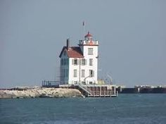 Lorain Lighthouse, Lorain, Ohio - my hometown Amherst Ohio, Lorain Ohio, Ohio Buckeyes, Rocky Shore, Beacon Of Light, Ohio River, Lake Erie, Cleveland Ohio, Great Lakes