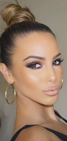 With my Hazel eyes I'd love to try this with green underneath the eye for a pop of color. Love!