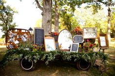 One of my favorite seating chart designs. Thankful the property offered the wagon. Photography by Genevieve Leiper.