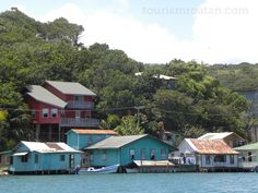 Oakridge on Roatan's Eastern End. A world away from the west end yet not that far of a drive. HONDURAS   hours)